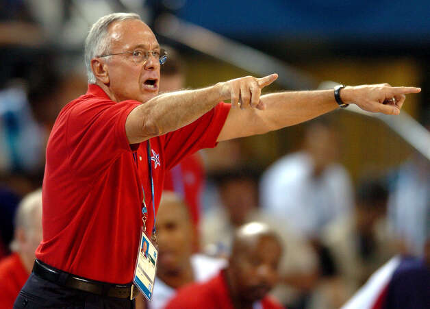 U.S. Olympic basketball team head coach Larry Brown directs the team Thursday Aug. 19, 2004 in Athens, Greece during their game against Australia. the U.S. won 89-79. (WILLIAM LUTHER/STAFF) Photo: WILLIAM LUTHER, Express-News / SAN ANTONIO EXPRESS-NEWS