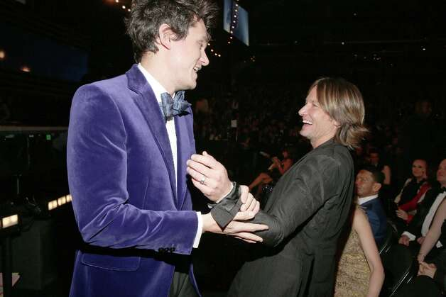 Singers John Mayer (L) and Keith Urban attend the 55th Annual GRAMMY Awards at STAPLES Center on February 10, 2013 in Los Angeles, California. Photo: Christopher Polk, Getty Images For NARAS / 2013 Getty Images