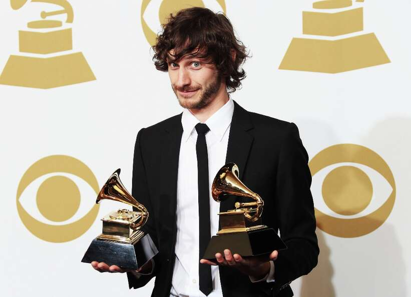 LOS ANGELES, CA - FEBRUARY 10:  Singer Gotye, winner of Best Alternative Music Album for Making Mirr