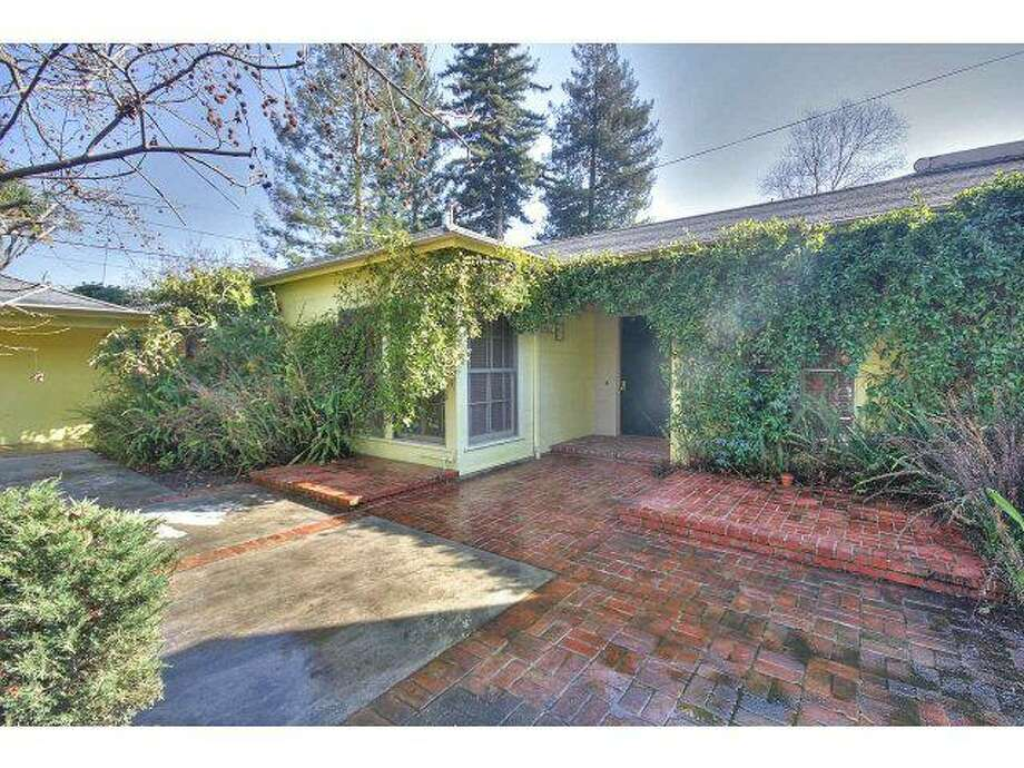 Property sits on 0.38 acres in Old Palo Alto neighborhood.
