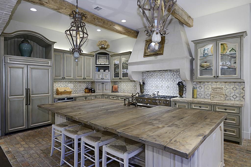Hunters Creek Home Showcases Outdoor Pavilion Houston