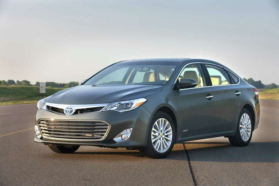 "Toyota Avalon Hybrid: The car comes with a luxury-like cabin and generous storage space, but it also has a  price tag of more than $30,000. What Edmunds says: ""With new features and a fresh look, the 2013 Toyota Avalon Hybrid should earn new respect as a top choice for a full-size hybrid sedan.""Price: $30,990MPG: 21 city/31 highway"