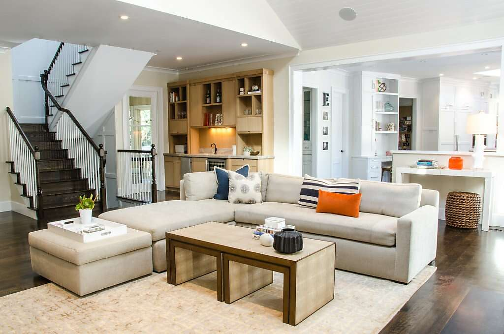 Custom Furniture    A Nancy Evars Fave: U201cThis Couch Floats In An Open