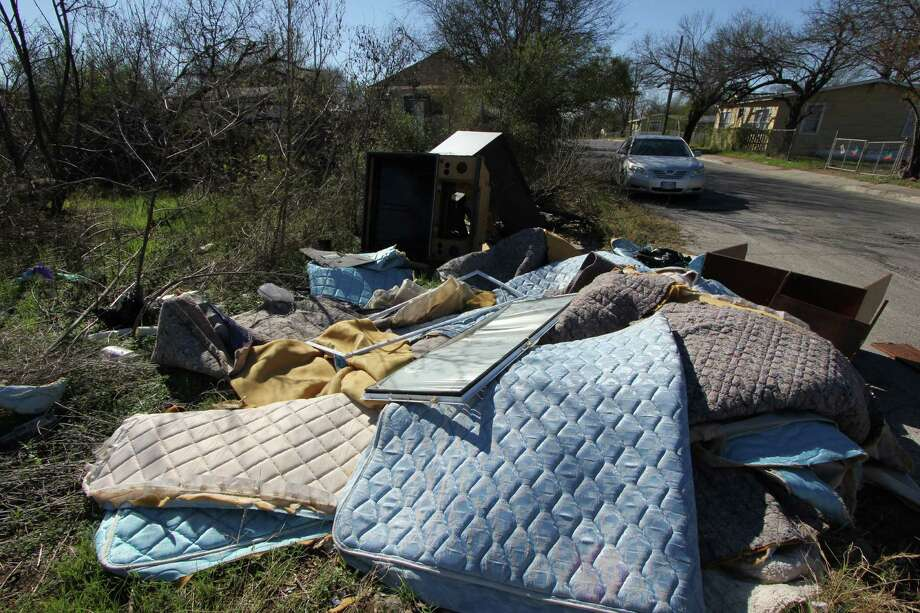Eastside residents continue to find trash such as old mattresses dumped illegally on Badger Street in District 2. Photo: Noi Mahoney / Southside Reporter