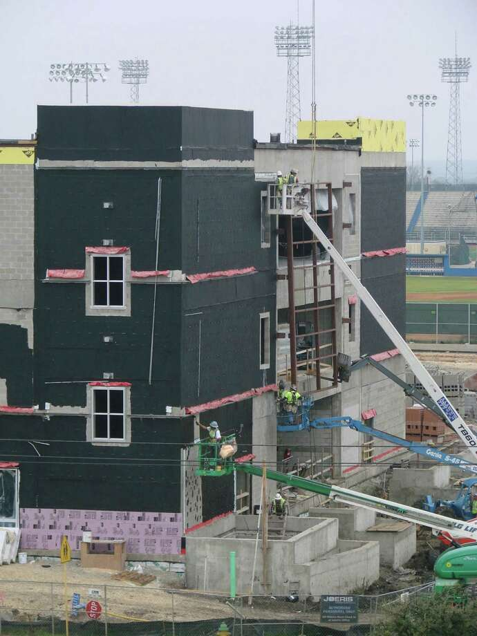Work continues on the newest building at South San Antonio High School. Photo: Courtesy Photo