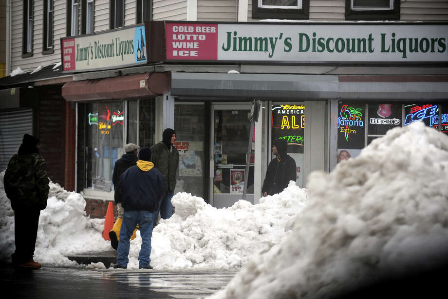 Some businesses are open on Stratford, Ave., Feb. 11th, 2013. Photo: Ned Gerard / Connecticut Post