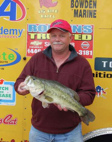 Tommy Fredregill caught the Big Bass of the day weighing in at 7.81 lbs, anchoring a 1st place win for he and partner Alan Bond  Photo by Patty Lenderman, Lakecaster