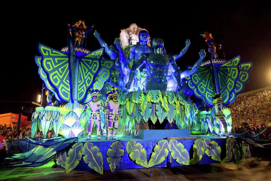 Members of  Portela Samba School parade at 2013 Brazilian Carnival at Sapuca� Smbodrome on February 11; 2013 in Rio de Janeiro; Brazil. Photo: Getty