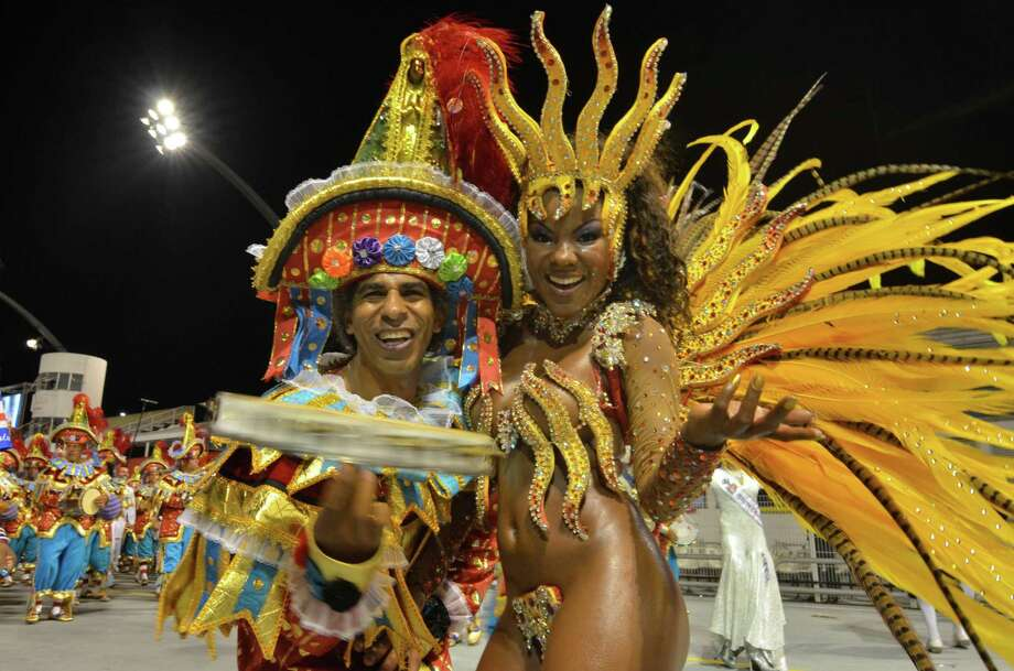 Dancers of the samba school Leandro de Itaquera dance during the carnival parade at the Anhembi Sambadrome on February 11, 2013 in Sao Paulo, Brazil. Photo: Getty