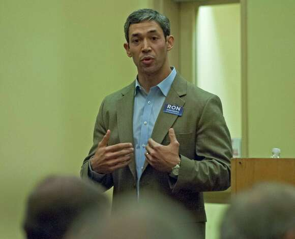 Ron Nirenberg responds to a question during the District 8 City candidate debate against Rolando Briones at the Eleanor Kolitz Academy, Feb 11, 2013. Photo: Steve Faulisi, San Antonio Express-News / ©2013 San Antonio Express-News