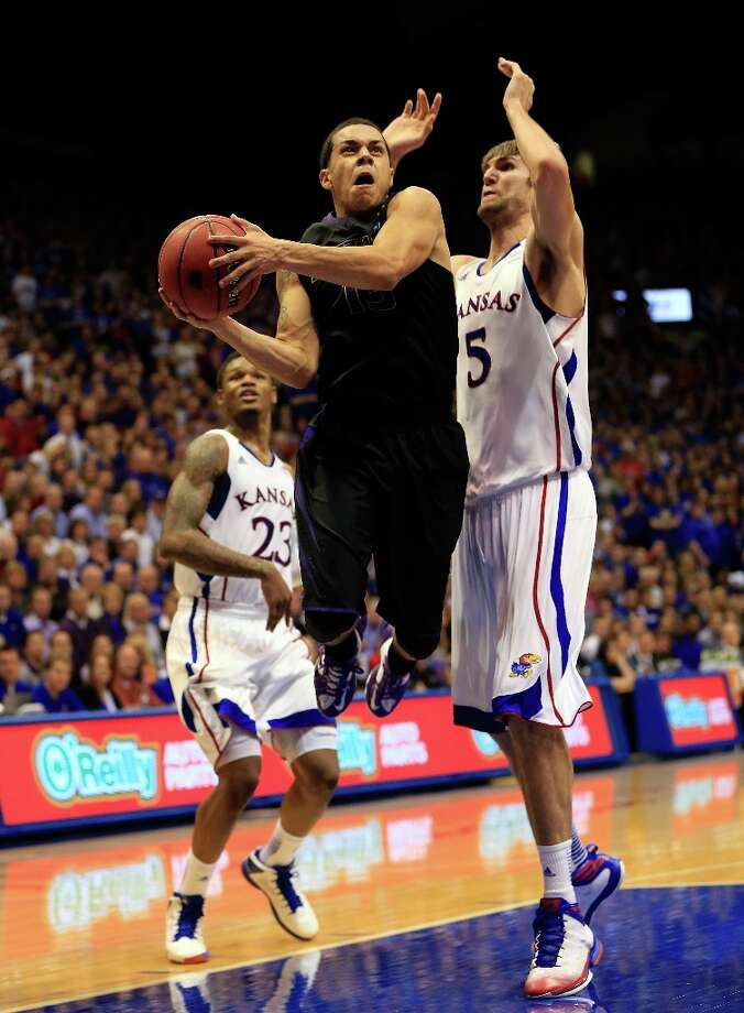 Hot — Kansas State G Angel Rodriguez: Converted  14 straight free throws over his last three-plus games. Rodriguez is hitting 95.2 percent from the line in his last five games. Photo: Jamie Squire, Getty Images / 2013 Getty Images