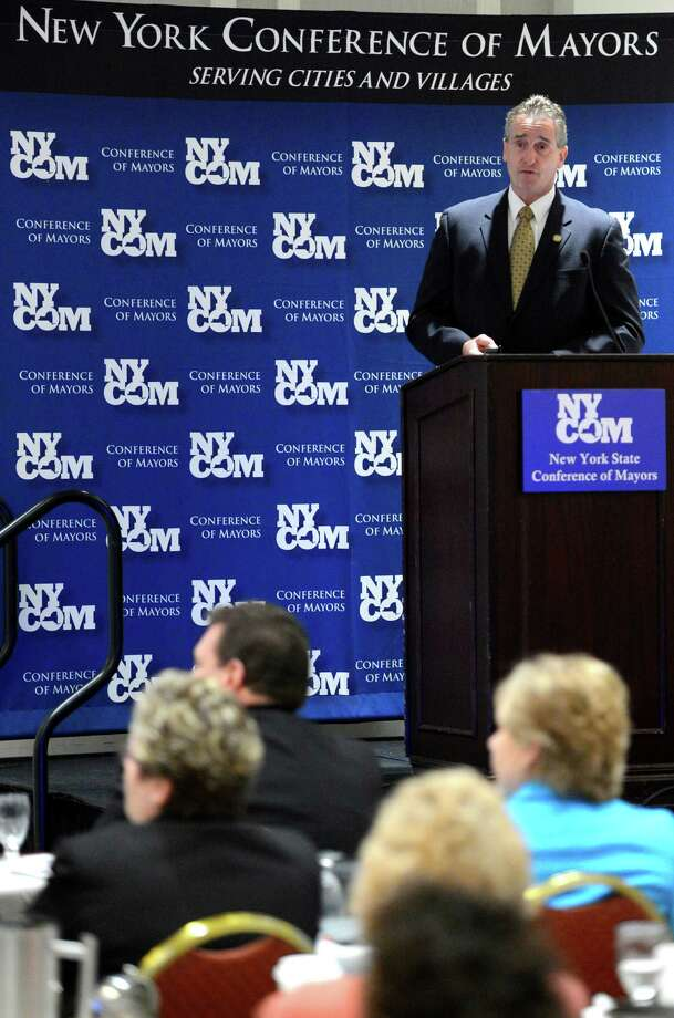 Lt. Governor Bob Duffy addresses the New York Conference of Mayors meeting at the Albany Hilton Feb. 11, 2013,  in Albany, N.Y.   (Skip Dickstein/Times Union) Photo: SKIP DICKSTEIN / 00021109A
