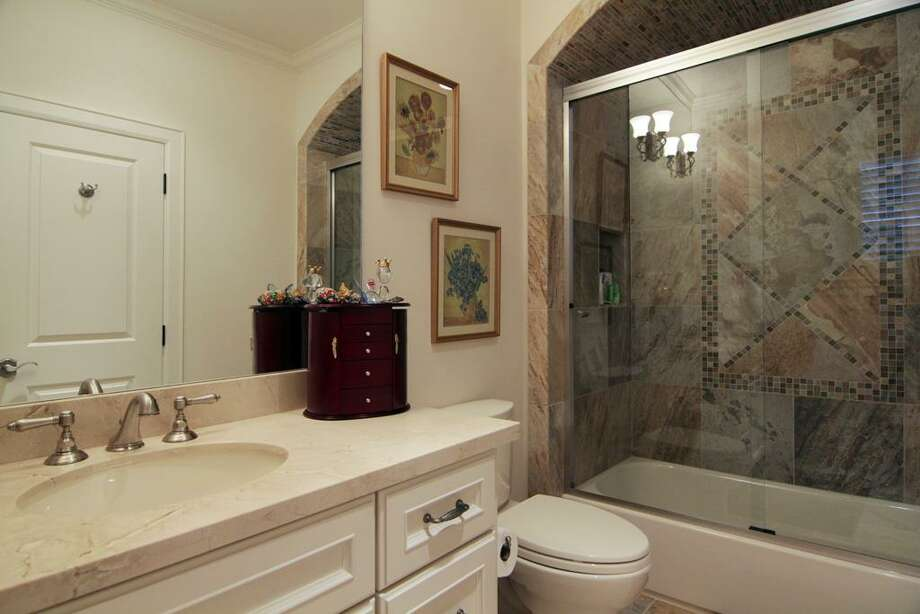 One of the bathrooms in one of the secondary bedrooms. Photo: Martha Turner Properties