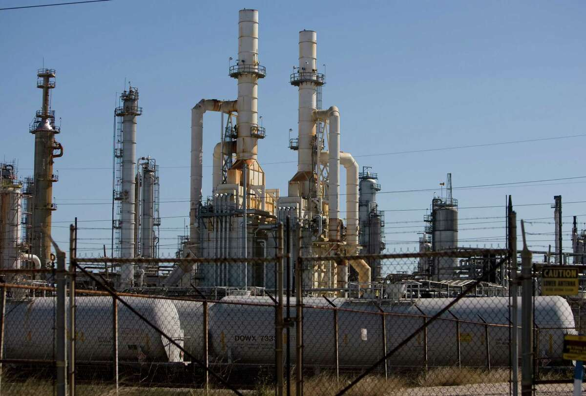 Valero's refinery in Texas City. ( Sharon Steinmann / Chronicle )