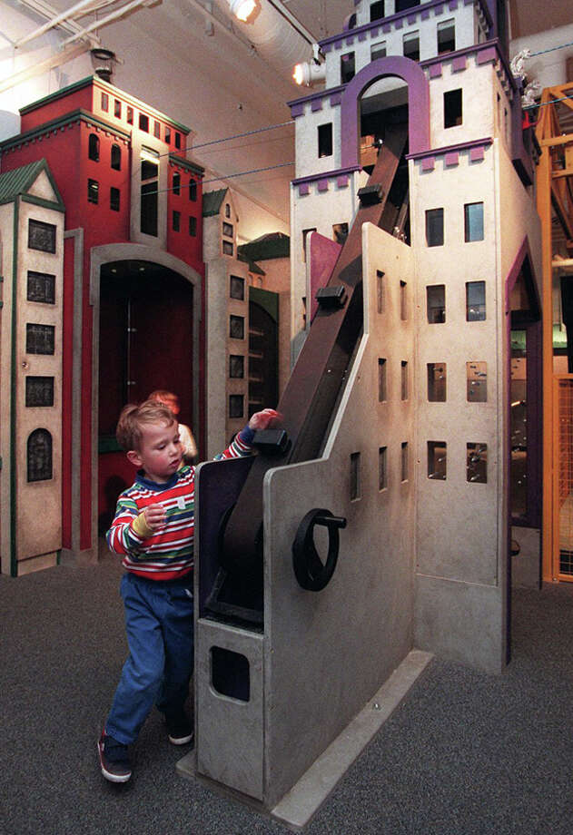 Just because you have your kids on Valentine's Day doesn't mean you can't have a great time together. Check out the Valentine's Day at the Seattle Children's Museum. The plan is to decorate cards to send to friend in Seattle retirement communities, and staff promises to have some rhythm along the way. Admission is $8.25 for each adult, $8.25 for each child, and $7.25 for each grandparent.