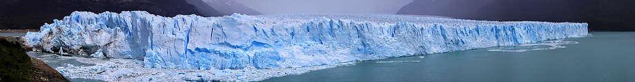 Panorama of Perito Moreno Glacier. Photo: Multiple