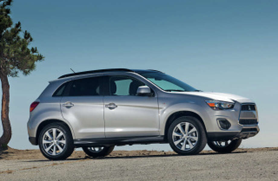 Mitsubishi's compact crossover, the Outlander Sport. Photo: Mitsubishi, Wieck / Copyright 2012