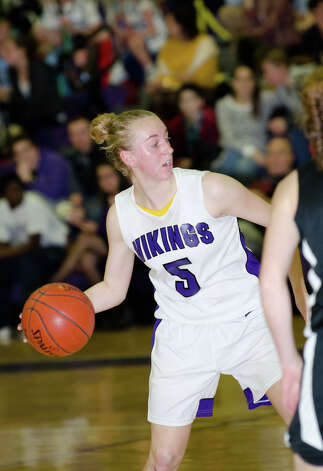 Westhill's Steph Roones (5) controls the ball during the girls basketball game against New Canaan at Westhill High School in Stamford on Tuesday, Feb. 12, 2013. Photo: Amy Mortensen / Connecticut Post Freelance