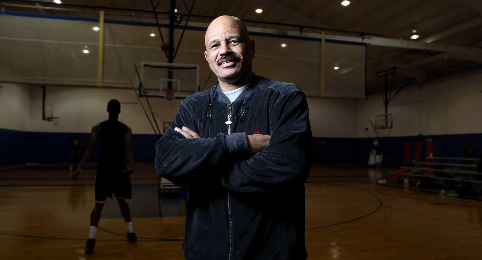 Jaguar Houston Central >> John Lucas: Playing forward his life lessons learned - Houston Chronicle