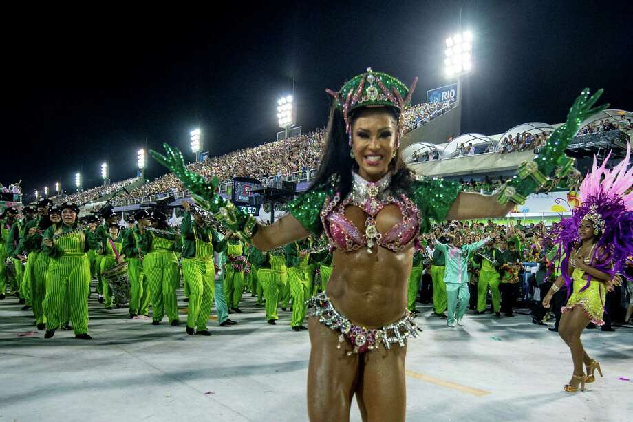 Brazilian model Gracyanne Barbosa, Queen of Percussion of Mangueira Samba School dances during the parade themed on Cuiaba, capital city of Mato Grosso at Sambodrome Sapucai on February 11, 2013 in Rio de Janeiro, Brazil. Photo: Getty