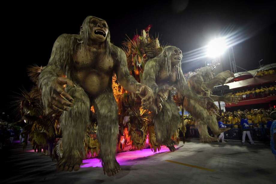 Dancers of Beija Flor School perform during the 2013 Brazilian Carnival at Sapuca Smbodrome on February 12, 2013 in Rio de Janeiro, Brazil.  Photo: Getty