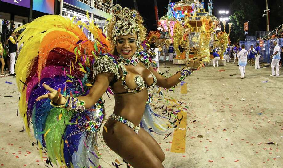 Dancers of Beija Flor samba school perform during the 2013 Brazilian Carnival at Sapuca Smbodrome on February 12, 2013 in Rio de Janeiro, Brazil.  Photo: Getty