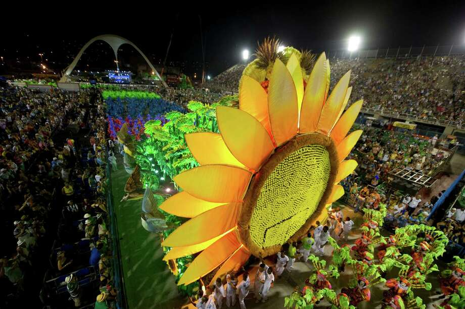Rio de Janeiro's samba school Vila Isabel performs  along the Sambadrome on the second day of the traditional city's samba school parade on February 12, 2013.    AFP PHOTO ANTONIO SCORZA Photo: ANTONIO SCORZA, Getty / 2013 AFP