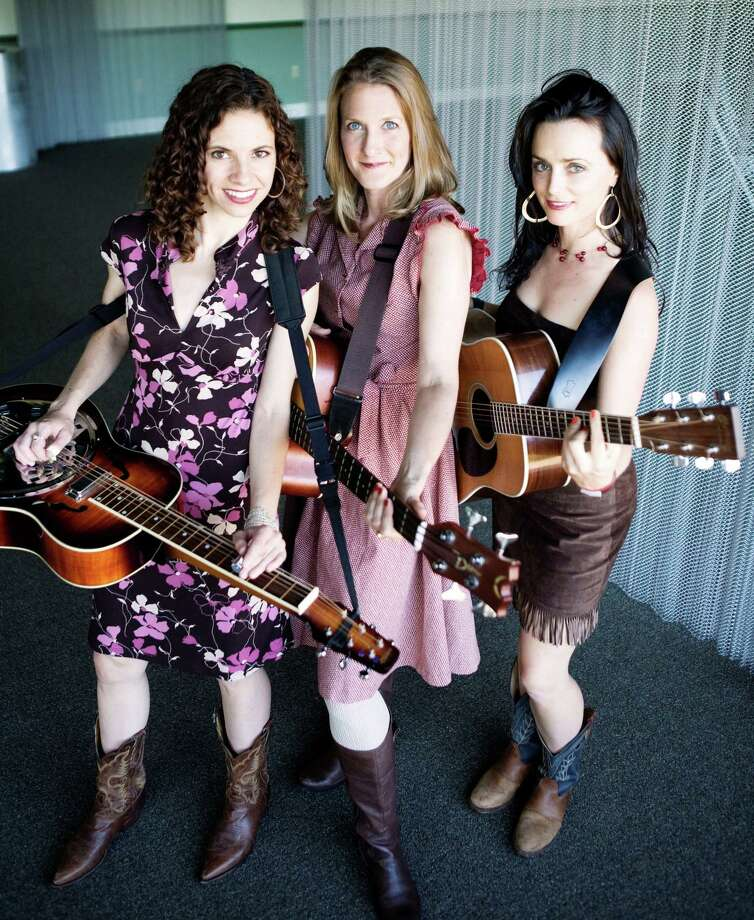 Red Molly brings tight female harmonies to a show with Steel Wheels, an all-male quartet, at 7:30 p.m. Saturday at The Eighth Step at Proctors in Schenectady. Click here for more information. (Annabel Braithwaite)