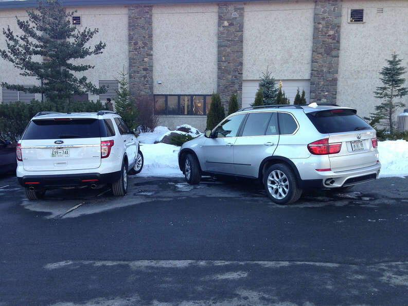 Poorly parked cars from Badparkingpics.com