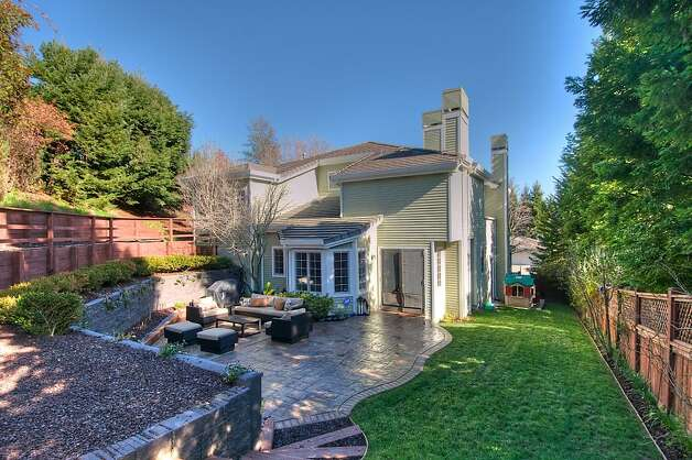 The backyard and rear of the two-level Tiburon home. Photo: Matt McCourtney