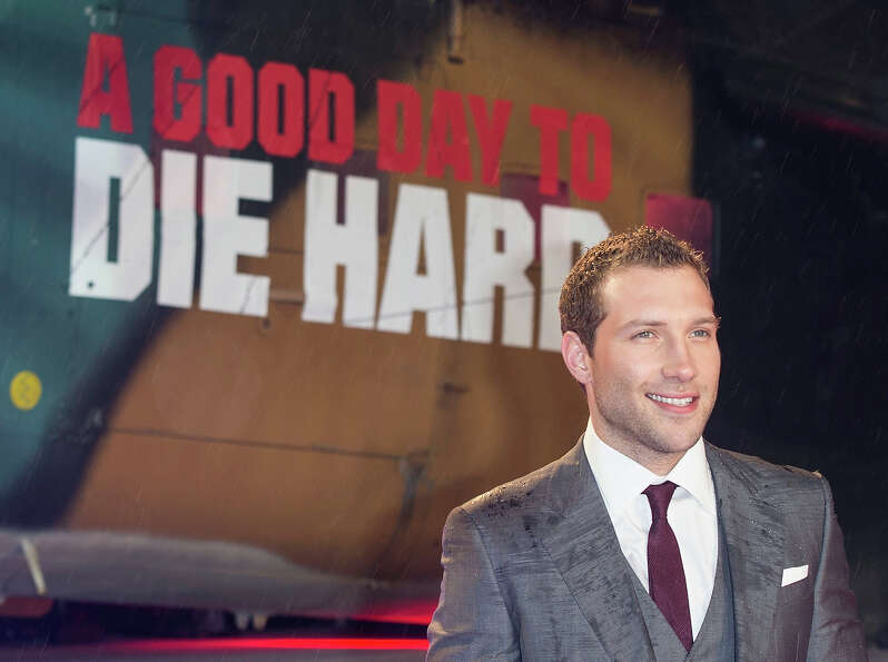 LONDON, ENGLAND - FEBRUARY 07:  Jai Courtney attends the UK Premiere of 'A Good Day To Die Hard' at