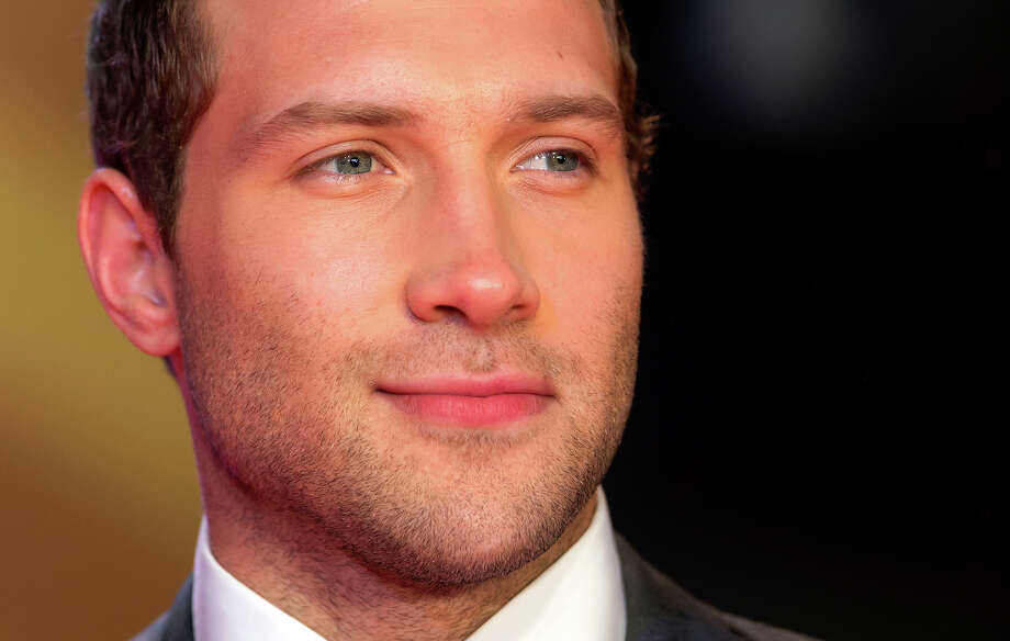 LONDON, UNITED KINGDOM - FEBRUARY 07: (EMBARGOED FOR PUBLICATION IN UK NEWSPAPERS UNTIL 48 HOURS AFTER CREATE DATE AND TIME) Jai Courtney attends the UK Premiere of 'A Good Day To Die Hard' at Empire Leicester Square on February 7, 2013 in London, England. Photo: Indigo, Getty Images / 2013 Indigo