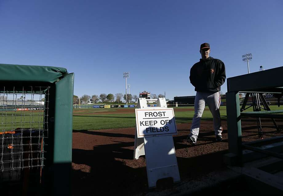 San Francisco Giants' Matt Cain walks to the dugout before a spring training baseball workout Wednesday, Feb. 13, 2013, in Scottsdale, Ariz. (AP Photo/Darron Cummings) Photo: Darron Cummings, Associated Press