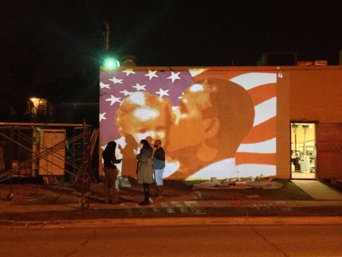 The previous Obama mural was defaced by vandals for a second time. (Photo by Erin Mulvaney/Chronicle)