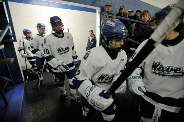 The Darien boys take the ice against Fairfield Prep at Darien Ice Rink on Wednesday, Feb. 13, 2013. Photo: Jason Rearick / The News-Times