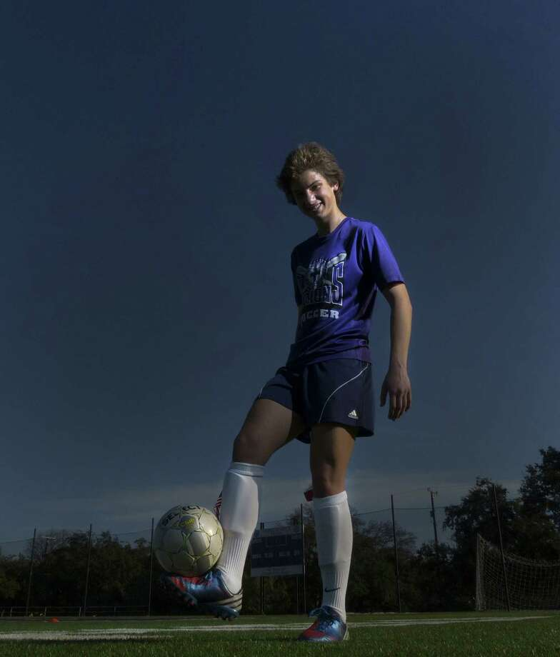 Saint Mary's Hall junior Katie Uhler, who has 16 goals and 11 assists this season, committed to three-time NCAA champion Notre Dame as a sophomore. Photo: Billy Calzada / San Antonio Express-News
