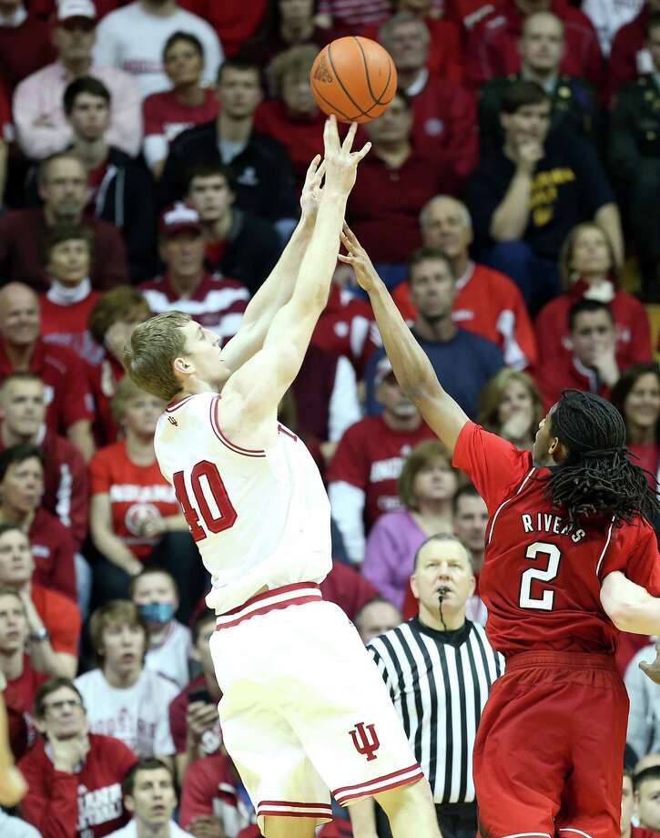 BLOOMINGTON, IN - FEBRUARY 13:  Cody Zeller #40 of the Indiana Hoosiers shoots the ball during the game against the Nebraska Cornhuskers at Assembly Hall on February 13, 2013 in Bloomington, Indiana.  (Photo by Andy Lyons/Getty Images) Photo: Andy Lyons