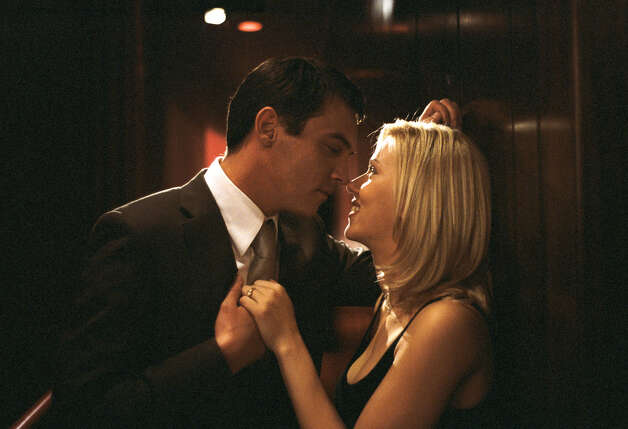 Jonathan Rhys Meyers and Scarlett Johansson in Woody Allen's Match Point. Photo: Clive Coote, DreamWorks / DREAMWORKS