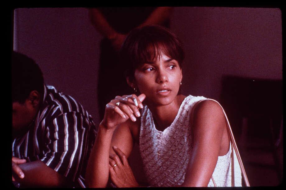 MONSTER'S BALL -- the great sex scene won Halle Berry the Oscar. Photo: HANDOUT, SFC / HANDOUT