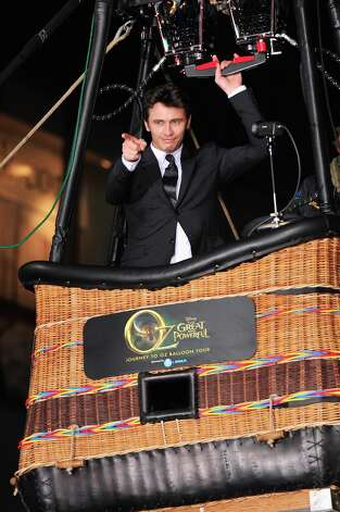 Actor James Franco attends Walt Disney Pictures World Premiere of Oz The Great And Powerful - Red Carpet  at the El Capitan Theatre on February 13, 2013 in Hollywood, California. Photo: Alberto E. Rodriguez, WireImage / 2013 WireImage