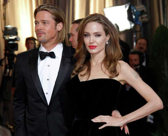 Angelina Jolie and Brad Pitt: The power couple drives around in a BMW Hydrogen 7.