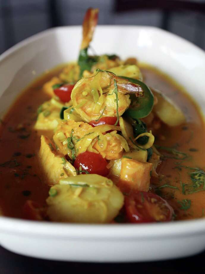 Sushihana's  cioppino is an Asian variation of the classic Italian fish soup. Photo: Helen L. Montoya / San Antonio Express-News