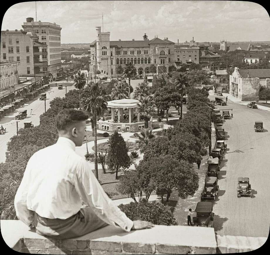 The '20s: The view looking north at Alamo Plaza. The Alamo can be seen at the top right corner. Photo: Photos Courtesy Arcadia Publishing