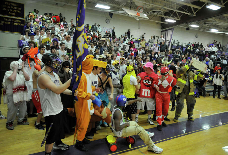 Scenes from the Trinity Catholic at Westhill City Championship game at Westhill High School in Stamford on Thursday, Feb. 14, 2013. Trinity Catholic won, 62-46. Photo: Jason Rearick / The News-Times