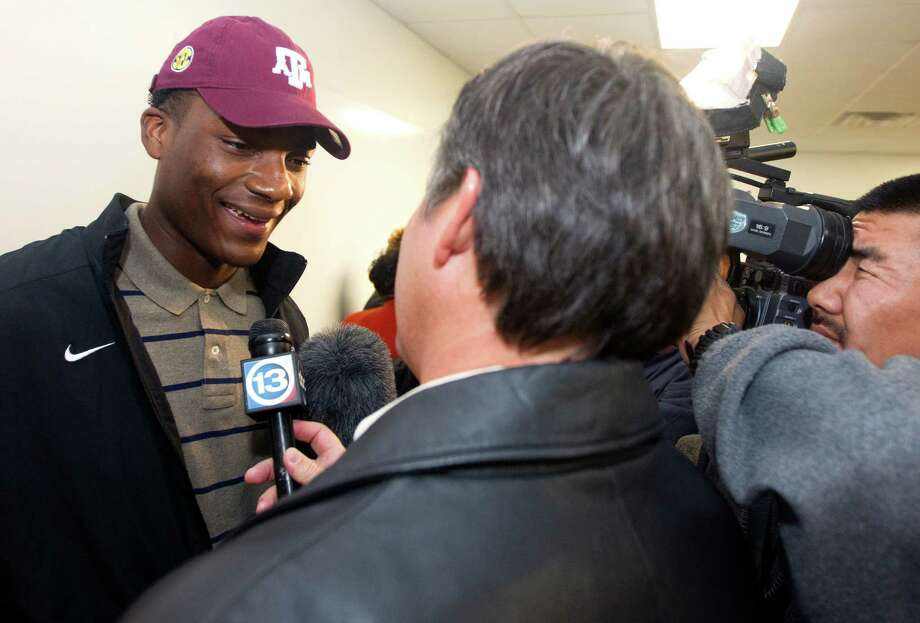 Texas A&M is counting on Sealy wide receiver Ricky Seals-Jones to make an immediate impact this fall. Photo: J. Patric Schneider, Freelance / © 2012 Houston Chronicle