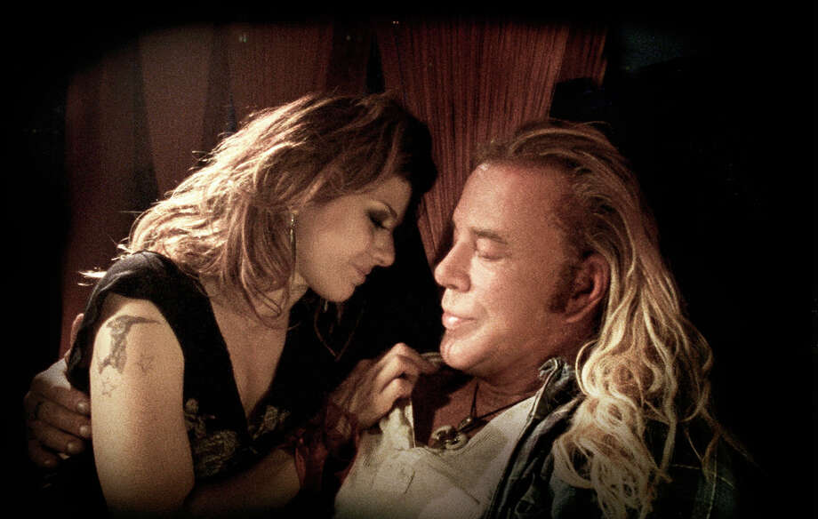 Marisa Tomei and Mickey Rourke in The Wrestler. He should have won. Photo: Niko Tavernise