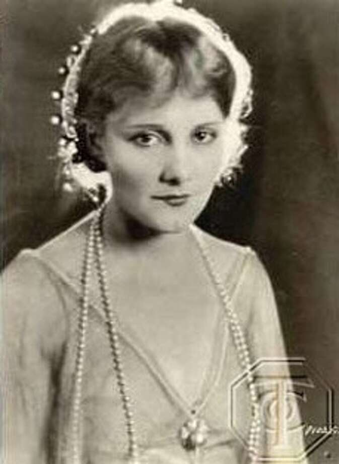 You want to see something jaw-dropping? Watch Jeanne Eagels in THE LETTER (1929), newly released on DVD. You'll never see anything like her.  But she was ignored, of course, by the Academy.