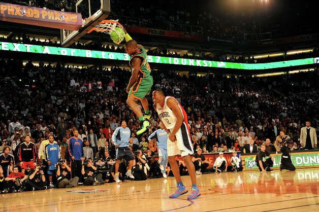 2009: Nate Robinson Location: PhoenixTeam: New York Knicks Photo: Ronald Martinez / 2009 Getty Images