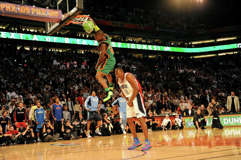 2009: Nate Robinson Location: PhoenixTeam: New York Knicks Photo: Ronald Martinez / 2009 Getty Images