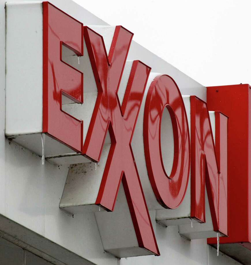Exxon Mobil: The interns for Exxon make an average salary of $6,134 per month, or $73,608 a year.